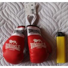 Сувенирные перчатки Lonsdale красные